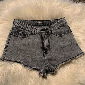 BDG High rise Dree Cheeky shorts size 26w black